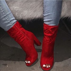 Tiffany bootie in red